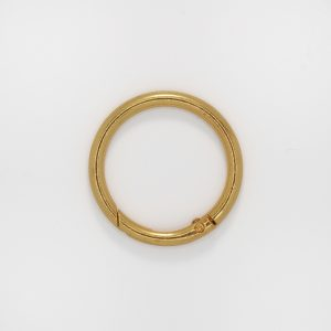 Кольцо с замком, цвет - золото, d 4 см.